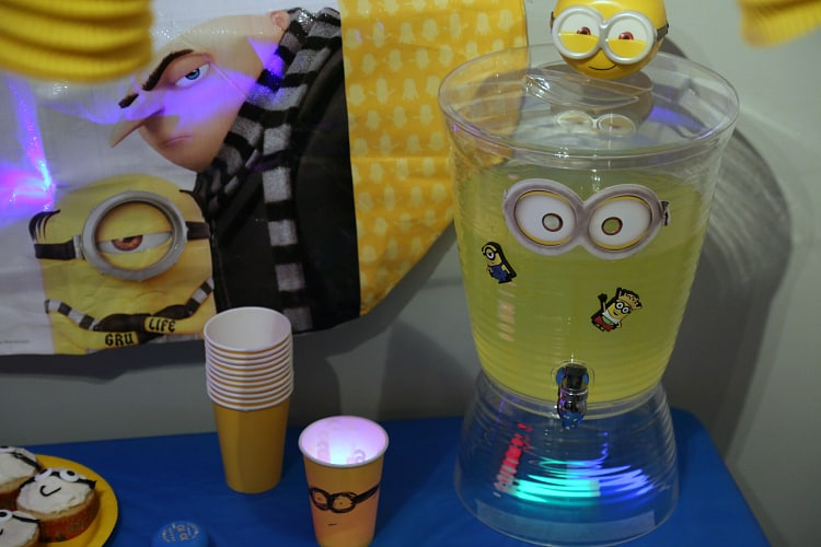 Despicable Me 3 lemonade drink