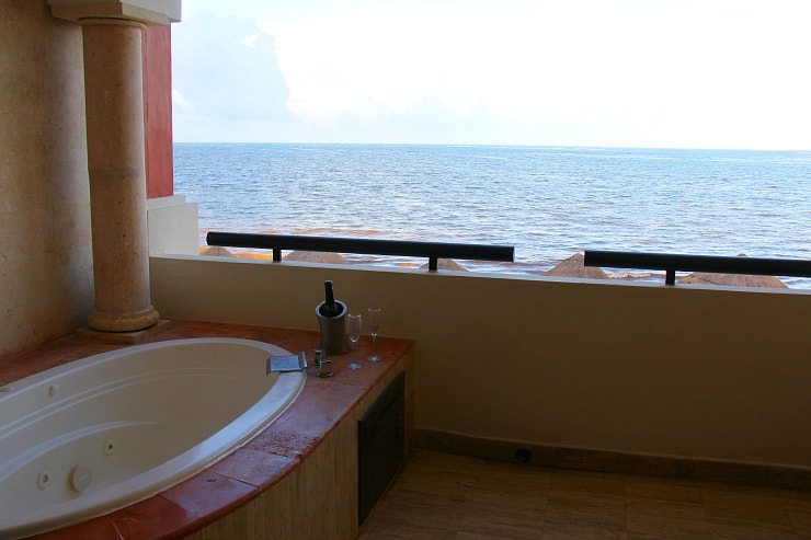 Now Sapphire Preferred Club Jr Suite Ocean Front