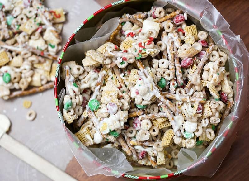 trash snack mix christmas