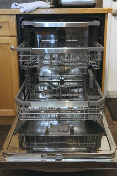 Shining a Light on the LG QuadWash Steam dishwasher with TrueSteam